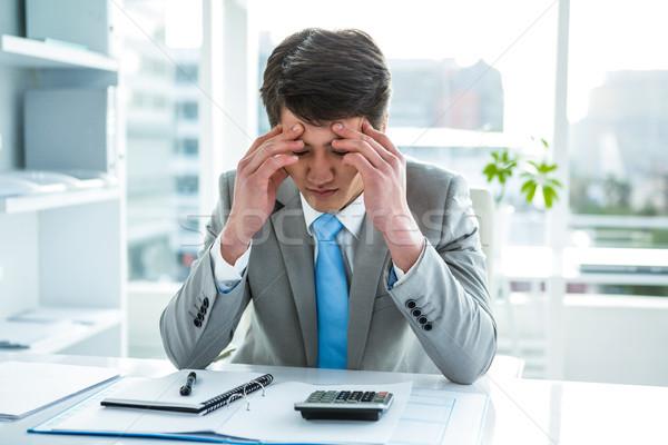 Problémás ázsiai üzletember asztal tart fej Stock fotó © wavebreak_media