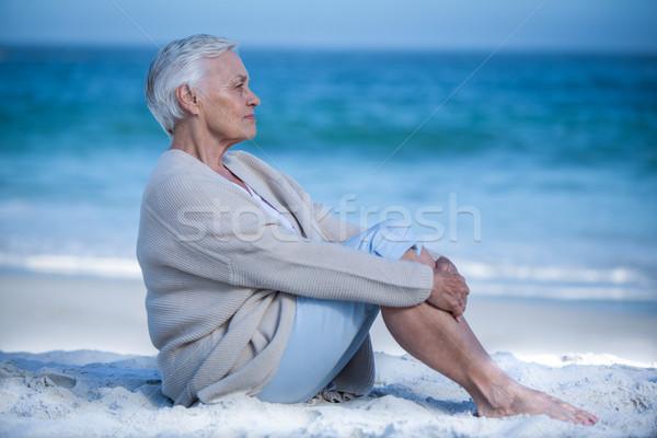 Méditer plage mer âgées Photo stock © wavebreak_media