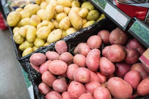 Pommes de terre épicerie magasin lumière Shopping Photo stock © wavebreak_media