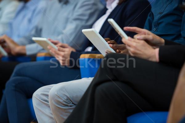 Działalności spotkanie biznesowe cyfrowe tabletka kobieta Zdjęcia stock © wavebreak_media