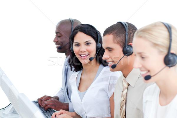 ブルネット 女性 チーム 作業 コールセンター 白 ストックフォト © wavebreak_media