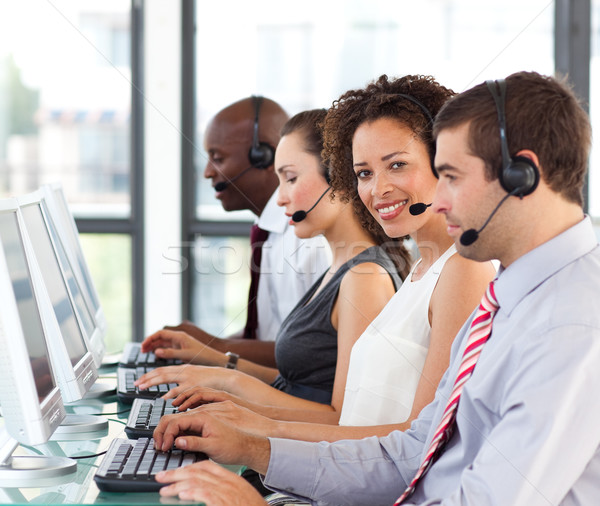 Etnicznych kobieta interesu pracy call center koledzy komputera Zdjęcia stock © wavebreak_media