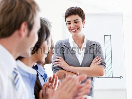 Portrait souriant femme d'affaires parler collègue réunion Photo stock © wavebreak_media