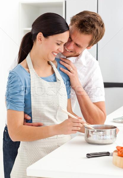 пару смеясь соус кухне обед человека Сток-фото © wavebreak_media