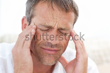 Człowiek głowy domu twarz wiadomości smutne Zdjęcia stock © wavebreak_media
