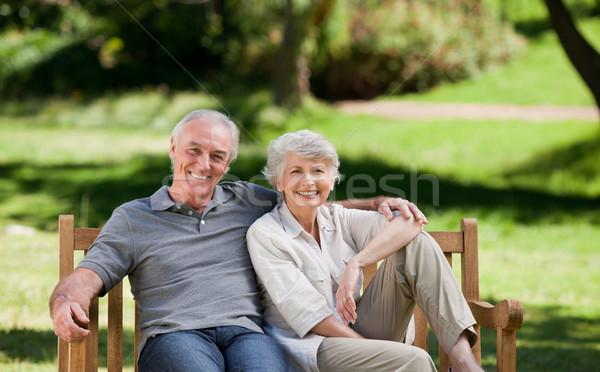 Casal de idosos sessão banco amor de volta cabeça Foto stock © wavebreak_media
