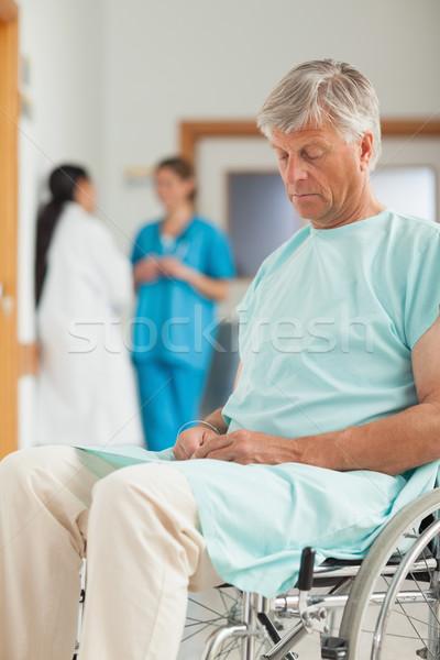 мужчины пациент коляске больницу печально Сток-фото © wavebreak_media