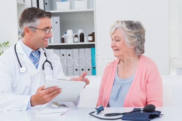 Doctor explaining prescriptions to senior patient Stock photo © wavebreak_media