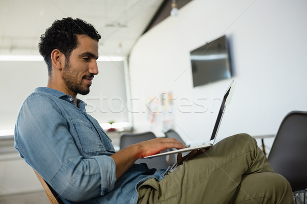 男 ラップトップを使用して オフィス 若い男 創造 ストックフォト © wavebreak_media
