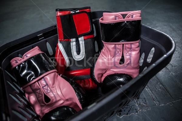 Gants de boxe panier fitness santé Photo stock © wavebreak_media