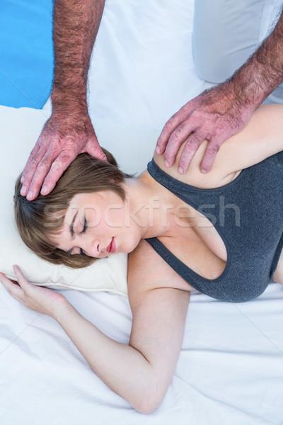 Magasról fotózva kilátás terapeuta kezelés nő terhes nő Stock fotó © wavebreak_media