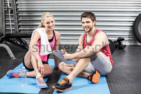 Uygun insanlar crossfit spor salonu kadın adam Stok fotoğraf © wavebreak_media