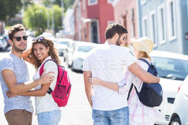 Kalça çiftler sırt çantası şehir bakıyor geri Stok fotoğraf © wavebreak_media