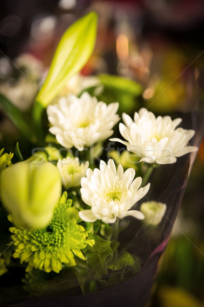 Közelkép virágcsokor virágok virágüzlet szolgáltatás bolt Stock fotó © wavebreak_media