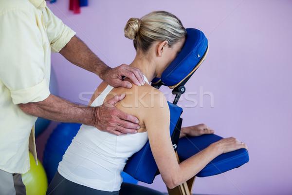 Hát masszázs beteg klinika nő férfi Stock fotó © wavebreak_media