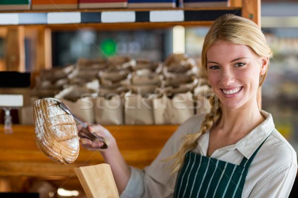 女性 スタッフ パン 紙袋 肖像 ストックフォト © wavebreak_media