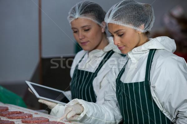 女性 レコード デジタル タブレット 肉 工場 ストックフォト © wavebreak_media