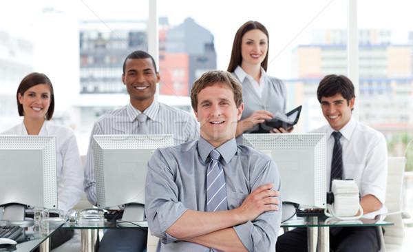 Portrait positif équipe commerciale travaux bureau affaires Photo stock © wavebreak_media