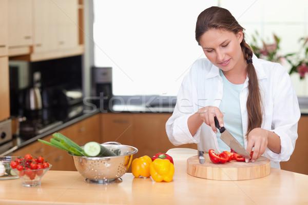 Jonge vrouw peper keuken voedsel gezondheid Stockfoto © wavebreak_media