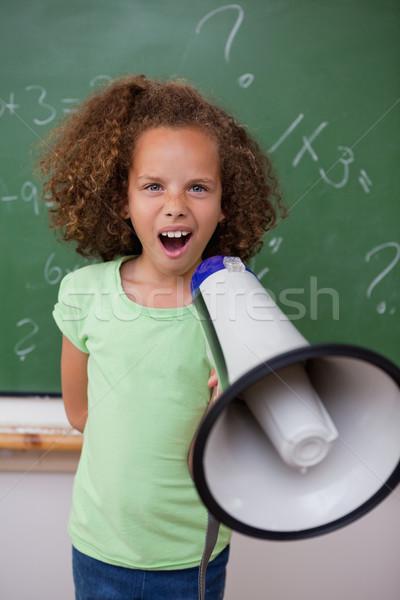 Stockfoto: Portret · jonge · schoolmeisje · schreeuwen · megafoon · klas