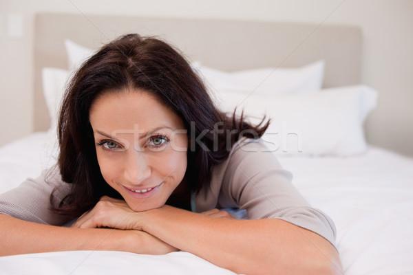 Sorridere rilassante letto felice home Foto d'archivio © wavebreak_media