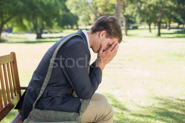 Aggódó üzletember ül park pad napos idő Stock fotó © wavebreak_media
