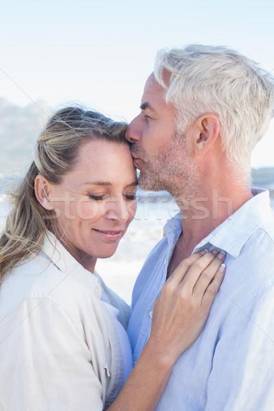 человека целоваться улыбаясь партнера лоб пляж Сток-фото © wavebreak_media