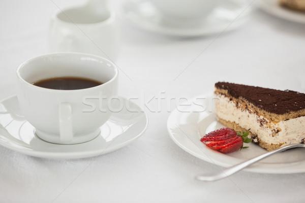 Csésze kávé sivatag kávézó asztal torta Stock fotó © wavebreak_media