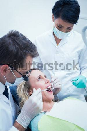 Dentiste peu garçons dents dentistes Photo stock © wavebreak_media