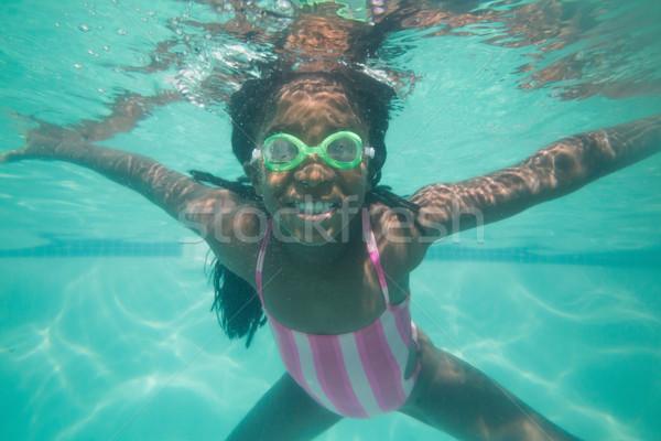 Cute kid poseren onderwater zwembad recreatie Stockfoto © wavebreak_media