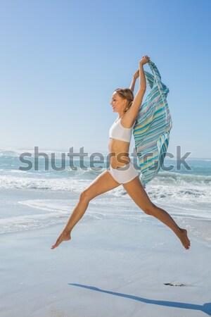 Kobieta jogi plaży Zdjęcia stock © wavebreak_media
