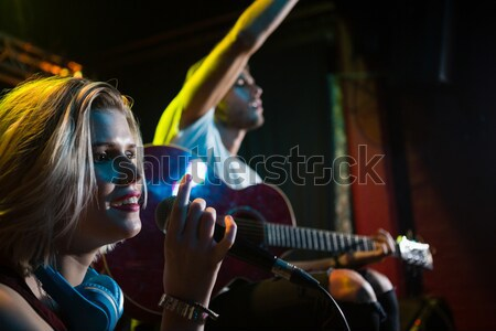 Izleyici dans kaya konser kulüp kadın Stok fotoğraf © wavebreak_media