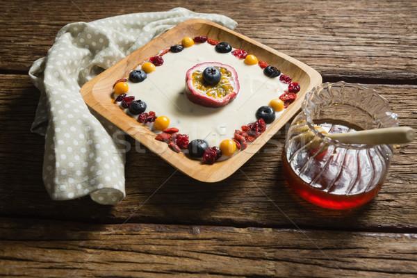 フルーツ ヨーグルト はちみつ 木製のテーブル クローズアップ フィットネス ストックフォト © wavebreak_media