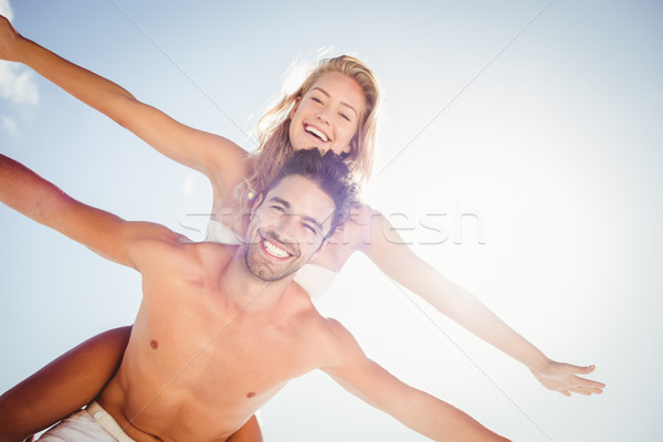 Copain Retour petite amie plage heureux Photo stock © wavebreak_media