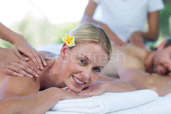 Vrouw Maakt een reservekopie massage masseur portret spa Stockfoto © wavebreak_media