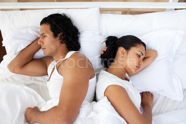 Foto stock: Chateado · casal · cama · adormecido · separadamente · família