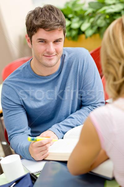 Portret student werken vriend cafetaria universiteit Stockfoto © wavebreak_media