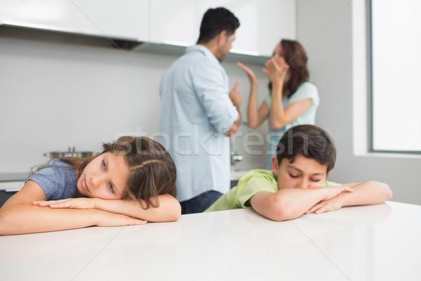 Szomorú fiatal gyerekek szülők konyha otthon Stock fotó © wavebreak_media