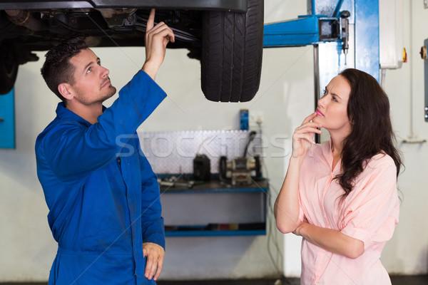 Mecánico cliente problema coche reparación del coche Foto stock © wavebreak_media
