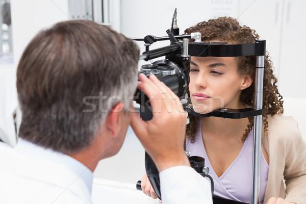 Kadın optometrist tıbbi ofis adam Stok fotoğraf © wavebreak_media