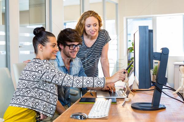 профессиональных рабочих компьютер служба бизнеса женщину Сток-фото © wavebreak_media