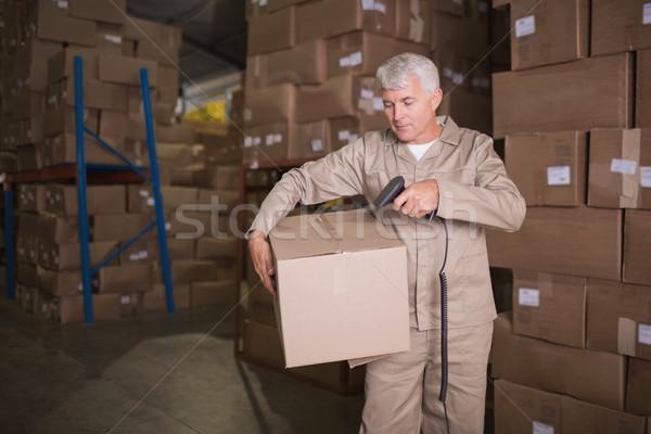 Pracownika pakiet magazynu człowiek przemysłu Zdjęcia stock © wavebreak_media