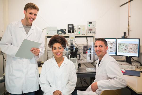ストックフォト: 生化学 · 学生 · 顕微鏡 · コンピュータ · 大学