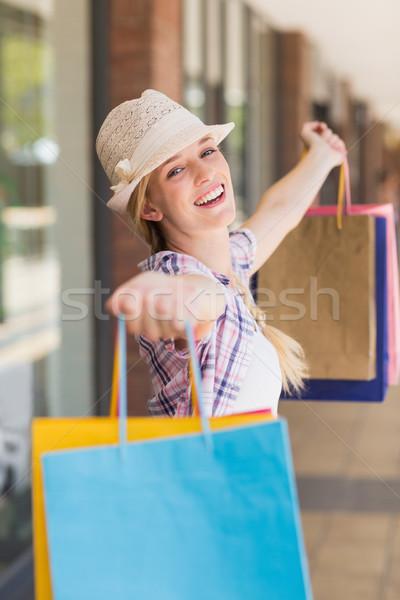 беззаботный женщину портрет Hat Сток-фото © wavebreak_media