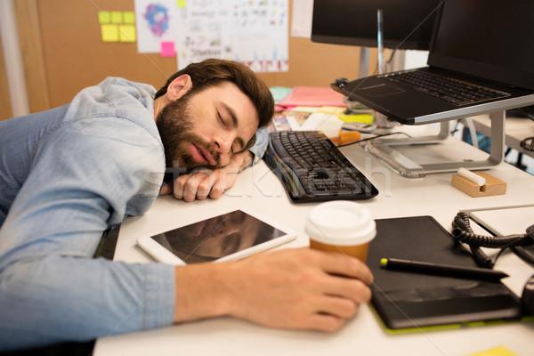 Müde Geschäftsmann Schreibtisch kreative Büro Stock foto © wavebreak_media