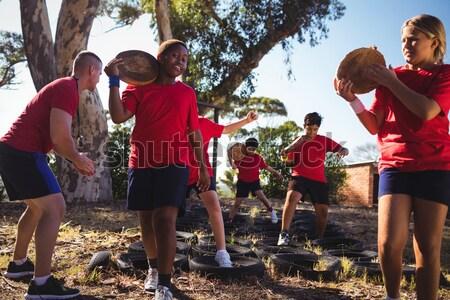 Groupe femmes lourd bois Photo stock © wavebreak_media