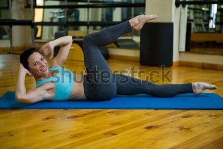 Fisioterapia pierna altos paciente clínica mujer Foto stock © wavebreak_media