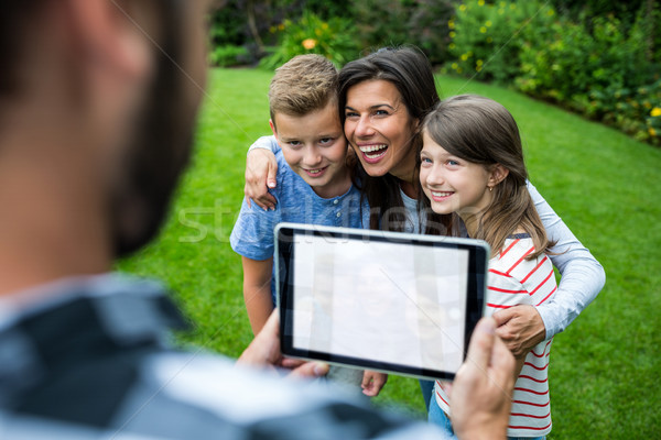 ストックフォト: 父 · 画像 · 家族 · デジタル · タブレット · 公園