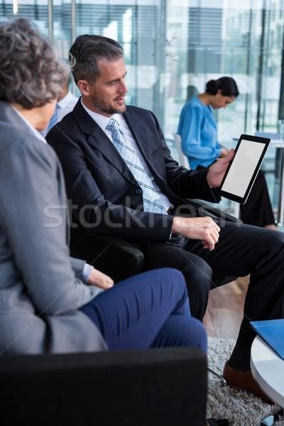 Debate digital tableta oficina negocios Foto stock © wavebreak_media