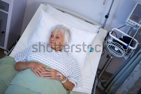 Paziente letto ospedale uomo felice Foto d'archivio © wavebreak_media